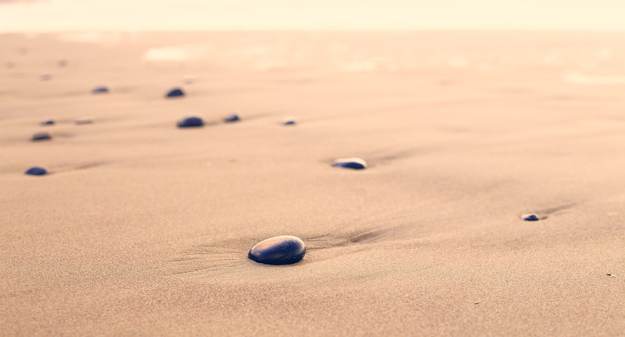 pebbles-801952_1280