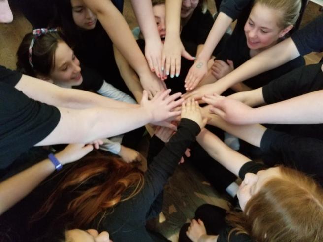 choir hands